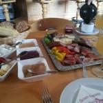 Frühstück: Ahle Wurscht und Marmelade